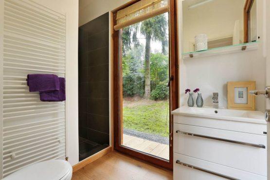 Villapparte-Boek uw buitenhuis-Woody Lodge Valerie-luxe vakantiehuis voor 4 personen-Twente-luxe badkamer