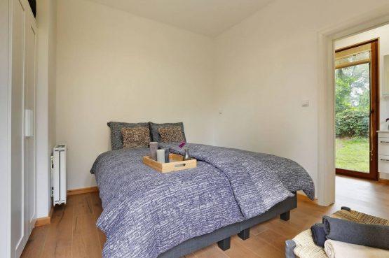 Villapparte-Boek uw buitenhuis-Woody Lodge Valerie-luxe vakantiehuis voor 4 personen-Twente-luxe slaapkamer