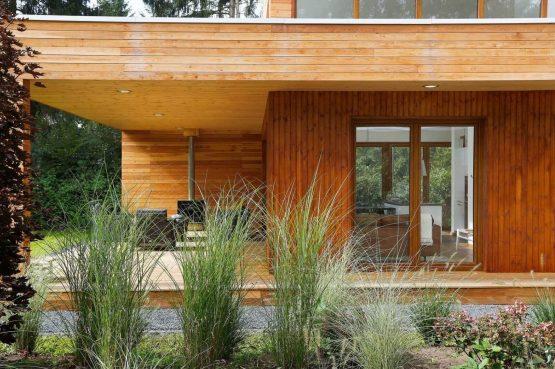 Villapparte-Boek uw buitenhuis-Woody Lodge Valerie-luxe vakantiehuis voor 4 personen-Twente-terras in de natuur