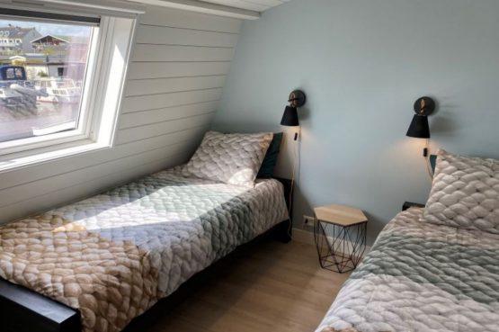 Villapparte-Natuurhuisje-Vakantiehuis Scheendijk-romantisch vakantiehuis voor 4 personen-Breukelen-romantische slaapkamer