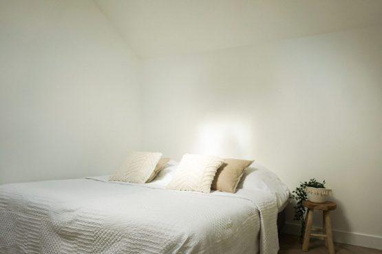 Villapparte-Ruiterplaat-City of Goes-Loft Twelve-modern appartement voor 4 personen-Goes-Zeeland-romantische slaapkamer