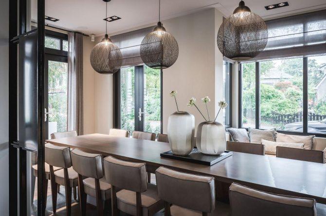 Villapparte-Villa for you-Villa Kranenbergh- luxe vakantievilla voor 16 personen-bergen-Noord-Holland-gezellige eethoek
