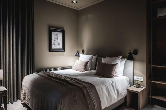 Villapparte-Villa for you-Villa Kranenbergh- luxe vakantievilla voor 16 personen-bergen-Noord-Holland-gezellige slaapkamer