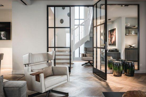 Villapparte-Villa for you-Villa Kranenbergh- luxe vakantievilla voor 16 personen-bergen-Noord-Holland-stijlvolle deuren