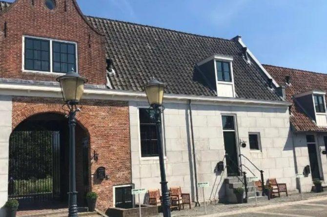 Villaparte-Vipio-Vakantiehuis aan de Amstel-luxe vakantiehuis voor 2 personen-Amsterdam-historisch pand