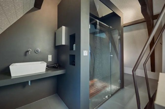 Villaparte-Vipio-Vakantiehuis aan de Amstel-luxe vakantiehuis voor 2 personen-Amsterdam-luxe badkamer