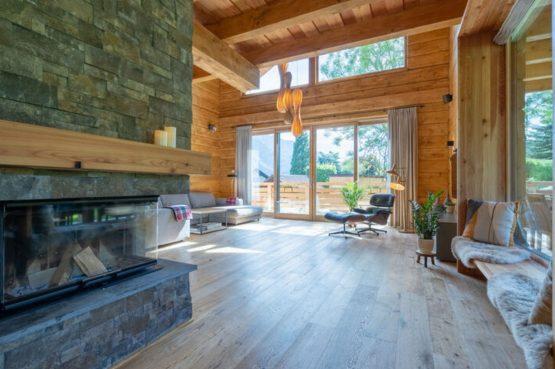 Villapparte-Belvilla-Chalet Tauplitz-luxe chalet voor 12 personen-met privé sauna-Stiermark-Oostenrijk-hoge plafonds