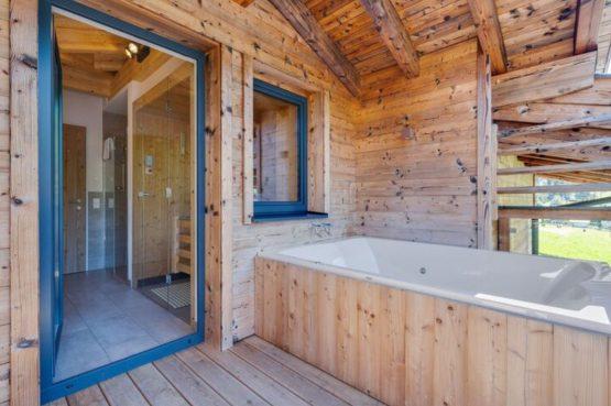 Villapparte-Belvilla-Penthouse Kaprun 11 - luxe penthouse voor 10 personen - inclusief hotelservice-Oostenrijk-ligbad