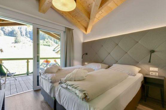 Villapparte-Belvilla-Penthouse Kaprun 11 - luxe penthouse voor 10 personen - inclusief hotelservice-Oostenrijk-luxe slaapkamer