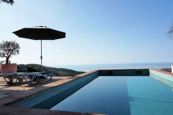 Villapparte-Belvilla-Villa Paradiso in Moclinejo-luxe villa voor 4 personen-Spanje-zwembad met uitzicht