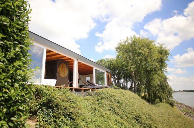 Villapparte-Natuurhuisje-Wellness Vakantiehuis Lekkerkerk-luxe vakantiehuis voor 2 personen-met sauna en bubbelbad-Lekkerkerk