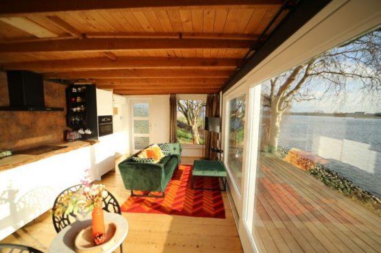 Villapparte-Natuurhuisje-Wellness Vakantiehuis Lekkerkerk-luxe vakantiehuis voor 2 personen-met sauna en bubbelbad-Lekkerkerk-luxe keuken