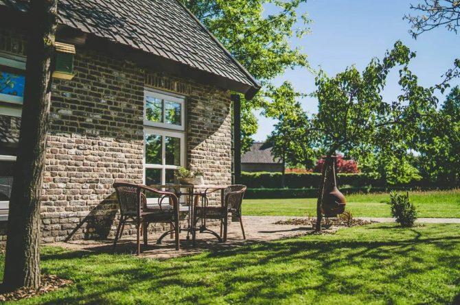 Villapparte-Vipio-Tiny House Oirschot-luxe vakantiehuis voor 4 personen-Oirschot-Noord-Brabant-terras