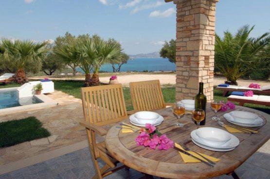 Villapparte-Eliza was here-Kymaros Villas-luxe villa's voor 2-8 personen-Zakynthos-Griekenland-terras aan het zwembad