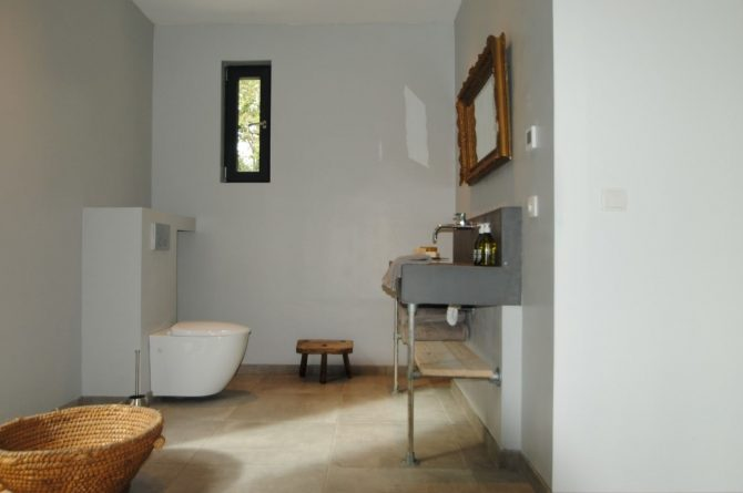 Villapparte-FranceVilla-Villa Marilove-Luxe vakantiehuis voor 6 personen-met zwembad en jacuzzi-Souillac-Dordogne-Frankrijk-moderne badkamer