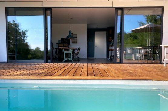 Villapparte-FranceVilla-Villa Marilove-Luxe vakantiehuis voor 6 personen-met zwembad en jacuzzi-Souillac-Dordogne-Frankrijk-prachtig terras