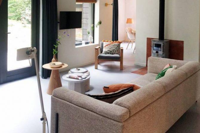 Villapparte-Natuurhuisje-Natuurhuisje Appelscha-luxe vakantiehuis voor 8 personen-Nationaal park Drents-Friese Wold-Friesland-zithoek met uitzicht op tuin
