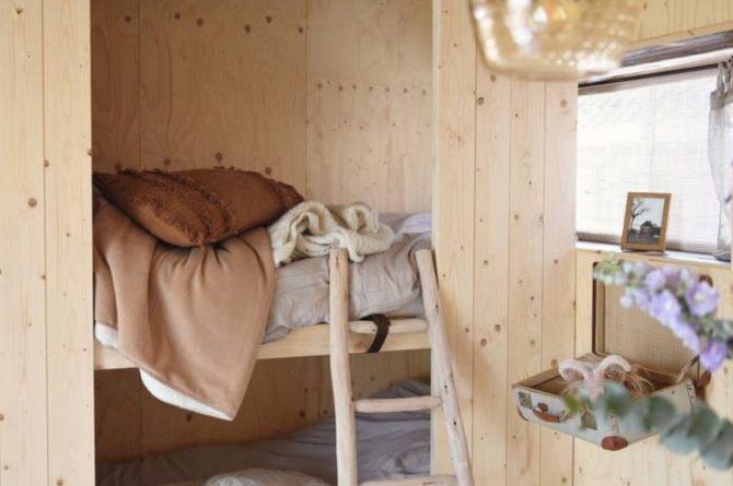 Villapparte-Natuurhuisje-Natuurhuisje Hoeve Echtenerbrug-romantisch vakantiehuisje voor 4 personen-Echtenerbrug-Friesland-bedstee voor kinderen