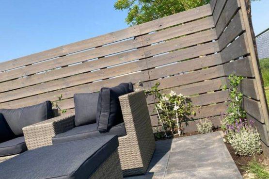 Villapparte-Natuurhuisje Tiny Roof Koudum-romantisch tiny house voor 2 personen-Friesland-loungeset