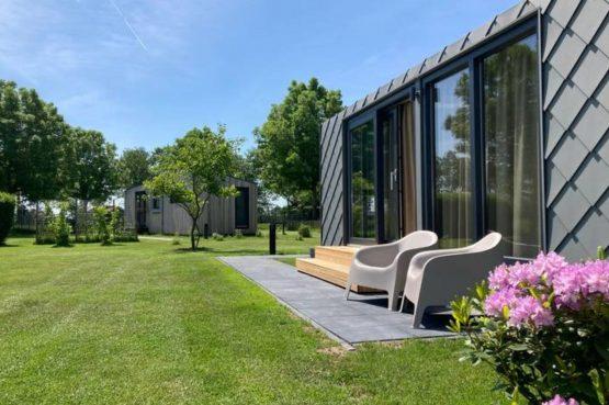 Villapparte-Natuurhuisje Tiny Roof Koudum-romantisch tiny house voor 2 personen-Friesland-romantisch plekje