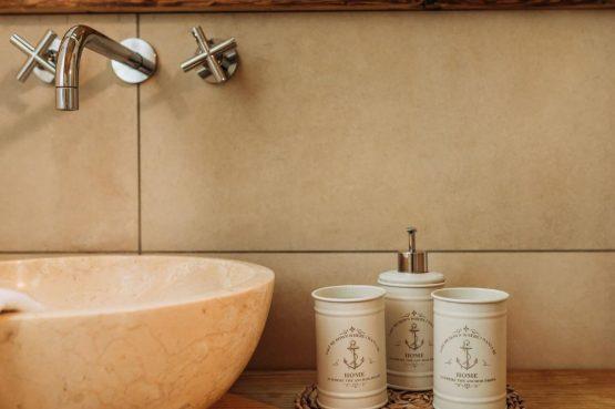 Villapparte-Villa for you-Vakantiehuis Tauernlodge Krimml-luxe vakantiehuis voor 10 personen-met sauna-Salzburgerland-Oostenrijk-sfeer badkamer