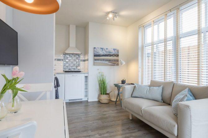 Villapparte-Welcome in Zeeland-Appartement - Schulenburg 33a-Oostkapelle-luxe appartement voor 2 personen-dichtbij het strand-Zeeland-gezellige woonkamer