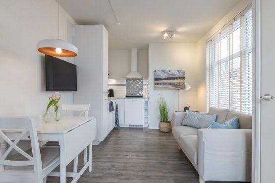 Villapparte-Welcome in Zeeland-Appartement - Schulenburg 33a-Oostkapelle-luxe appartement voor 2 personen-dichtbij het strand-Zeeland-knusse woonkamer