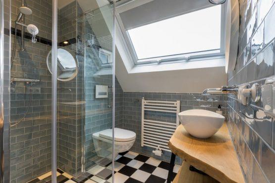 Villapparte-Welcome in Zeeland-Appartement - Schulenburg 33a-Oostkapelle-luxe appartement voor 2 personen-dichtbij het strand-Zeeland-luxe badkamer