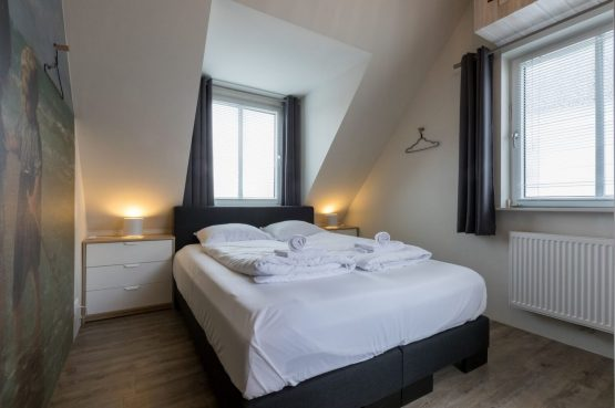 Villapparte-Welcome in Zeeland-Appartement - Schulenburg 33a-Oostkapelle-luxe appartement voor 2 personen-dichtbij het strand-Zeeland-luxe slaapkamer