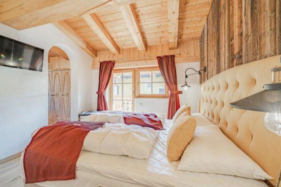 Villapparte-Villa for you-Chalet Wilder Kaiser-Luxe vakantiehuis voor 10 personen-Itter-Tirol-Oostenrijk-romantische slaapkamer