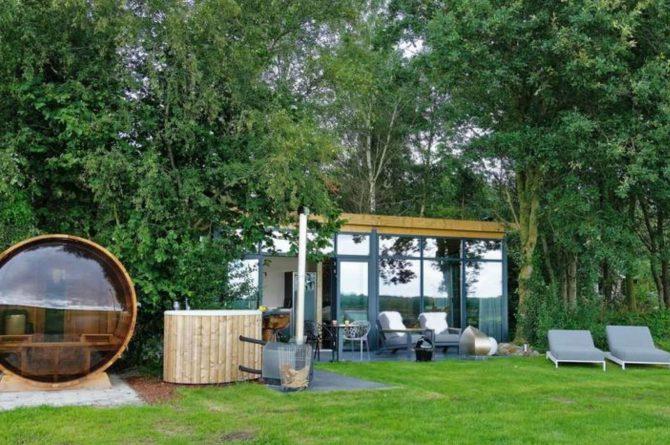 Villapparte-Natuurhuisje Drents Keienhuis-luxe vakantiehuis voor 2 personen-met sauna en hottub-Drenthe