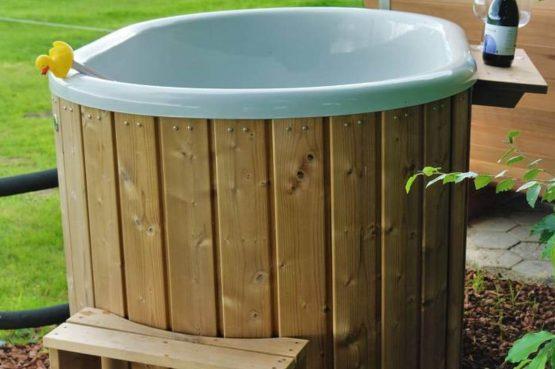 Villapparte-Natuurhuisje Drents Keienhuis-luxe vakantiehuis voor 2 personen-met sauna en hottub-Drenthe-hottub