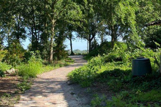 Villapparte-Natuurhuisje Drents Keienhuis-luxe vakantiehuis voor 2 personen-met sauna en hottub-Drenthe-prachtige omgeving