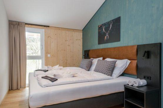 Villapparte-Villa for You-Vakantiehuis Aquarius Haus-luxe vakantiehuis voor 6 personen-Stiermarken-Oostenrijk-romantische slaapkamer